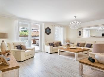 Sitges Centre Mediterranean Apartments 5 Bedroom - Apartamento en Passeig Vilafranca 18, Entresuelo 2º , Sitges