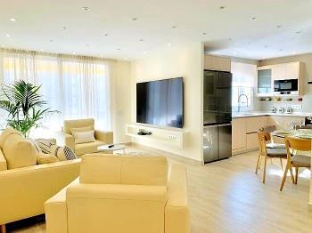 Sitges Spaces Oasis Suites